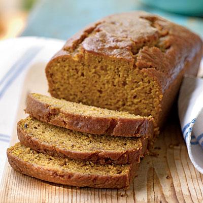 0811p176-pumpking_bread-l