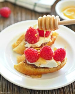 Raspberry-and-Honey-Goat-Cheese-Bruschetta-6