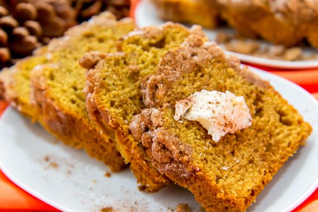 Manuka Honey Pumpkin Bread