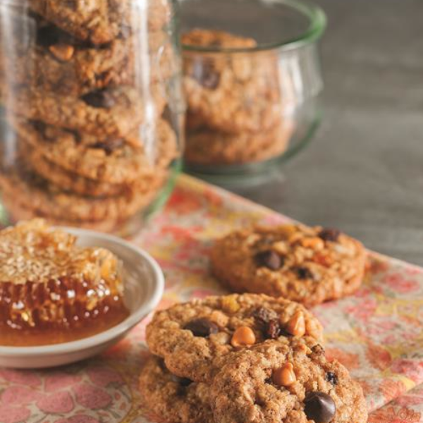 Manuka Honey Oatmeal Cookies
